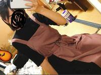 このワンピースと中の服装の組み合わせおかしくないでしょうか?? おかしければどうしたら良いか教えてください