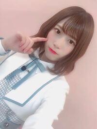 日向坂46のめいめい(東村芽依)のこの髪型はどうやって巻いてるんでしょうか??