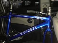 中古でトレックの7.3FXというクロスバイクを8千円で買ったのですが 自転車の知識皆無なのでメンテで自転車のあさひに持ち込んでも大丈夫でしょうか?