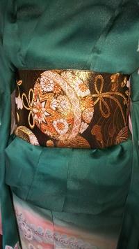 この毬の柄の帯は、振袖以外の着物にも使えますか。