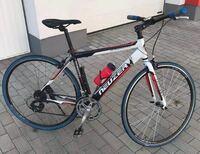 クロスバイクを中古で買おうと思っているのですが、3万円というのは相場的にどうなのでしょうか?写真は28インチで、美品のようです。
