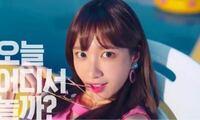 K-Popに詳しい人に質問です。この女性はだれですか?EXIDのメンバーですか?