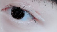 (汚いですスミマセン)二重幅をアイプチで無理に広げたらこんな感じに汚く、挙げ句三重?四重?瞼になってしまいます… そして目頭辺りの二重の線が強く、中々消えてくれません。 どうしたら綺麗に二重の幅を広くする事...