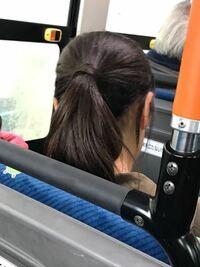 髪の毛で髪の毛を縛るって、どうやっているんですか。