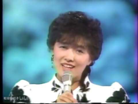 榊原郁恵は紅白歌合戦でイルカのなごり雪を歌い、歌詞を間違えて激しく劣化しましたが、視聴者にはなんの謝罪もなく、国民の心中、察するに余りあり、決して収まらず、やられ損の泣き寝入りですか?