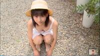 ジュニアアイドルの佐藤すずかさんについて知っていることあれば何でもいいので教えて下さい。wikiもなく、DVDも1作だけです。謎の美少女