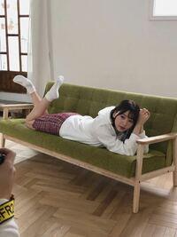 このような富田鈴花の写真はどこで見れますか?