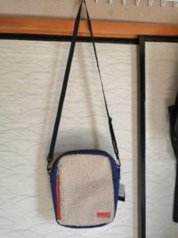 このボアショルダーバッグは夏でもアリ?