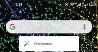 画面上部に検索バーが表示されているのですが削除方法が分かりません。。 長押しすると写真のようにPreferencesが表示されるだけで削除欄も表れません。 Android10なのですが、削除もしくは、 非表示にする方法...