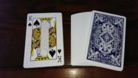 テンヨーのマジックカードです。 Kのカードの方は糊付けです。 遊びかたを教えて下さい。