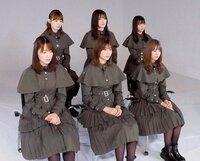 もし2020年12月31日に欅坂46が解散したら… 全然曲をもらえてない2期生9人と新2期生6人は、どうなると思いますか? 『このまま芸能界引退』?『バラエティータレントとして継続』?『1期生数名+ 2期生数名+新2期...