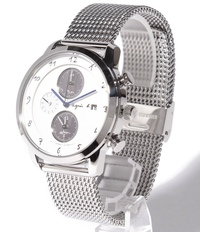 アニエスベーの腕時計を買いたいのですが、メッシュバンドタイプ?ミネラーゼ?ではなく金属ベルトにしたいです。 ベルトの交換は可能でしょうか? また、別途購入する必要がある場合はどこで 購入すればいいですか?回答よろしくお願いします。