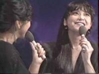 ♪思秋期 岩崎宏美さん  ♪タッチ 岩崎良美さん  どちらが好きですか?  主観。