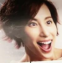 【女優】この広告の女性の名前を教えてください!!   今、友人と揉めてます。  松下奈緒か? 米倉涼子か? それとも・・??   皆さんはどう思う??