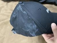 黒い帽子の洗い方について聞きたいです。  こんな汚れがついてしまったのですが落とす方法はあります?