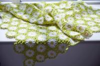 編み物初心者です。 このモチーフのつなぎ方の編み方がわかる方 教え頂けますか。 宜しくお願い致します。