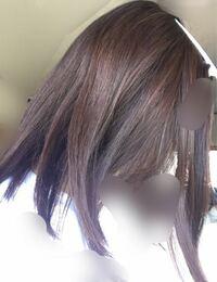 こちらの髪色は何トーン、何レベルくらいに見えますか? 日陰、自然光のみで写真撮ってます。