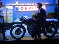 Netflixドラマ リバーデイルに登場するジャグヘッドジョーンズが乗っているバイクわかる方車種名を教えてください。