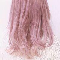 高校生です。髪を染めたことがないのですが、黒からこの写真のようなクリームピンクにするにはどれくらいのブリーチが必要ですか?また、色は何日持ちますか? また、縮毛矯正をしているのですがその場合はブリー...