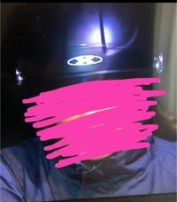 このヘルメットのロゴのブランド名を教えて下さい。バイクにお詳しい方よろしくお願いします。