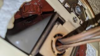 CD管,ボックス,配管,古いスピーカーケーブル,ケーブル引出し口,コンセントボックス,塩ビ