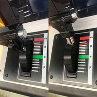電車でGO!の筐体でしばしばもやっとすることがあります。 筐体に座った時、マスコンが右の状態になっておらず、左などの状態になっていたら、なんだか結構モヤッとしますがおかしいでしょうか?  まあ、ゲームな...