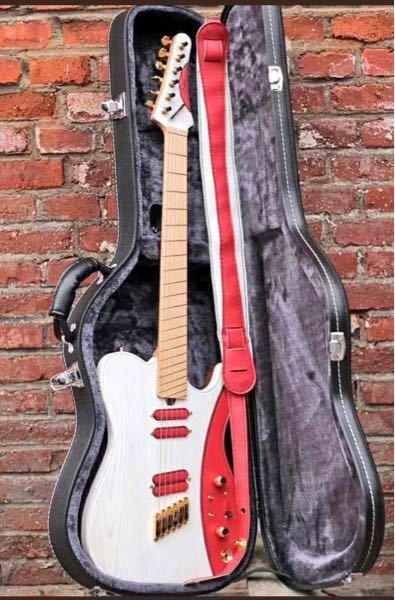 これって実在するギターなんですか?