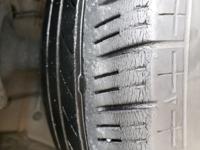 タイヤ交換について 添付のタイヤは、もう限界でしょうか? 交換しようと考えております。  現:BRIDGESTONE  横浜タイヤにしようと思っております。  ステップワゴンスパーダRP3 205/55R17 31,000キロ走行