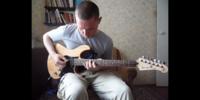 このギターのモデル名を教えてください。 https://youtu.be/i7xE6ZraBtI