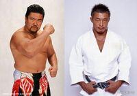 総合格闘技戦佐々木健介vs秋山成勲 だとどちらが勝つと思いますか?  ただし、秋山選手はハミング仕上げの道着着用は無しで サンオイル塗り有りだとします。