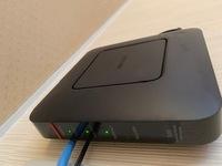 電気工事業者にBuffaroのWireless RouterWSR つけたらWIFIの電波がよくなりました。APとしてつかっているそうです。 普通WIFIの電波が悪いところだったりした場合、中継器を使うと思うんですが、どうしてルータ?...