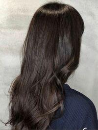 この髪色は何トーンくらいのカラーですか?