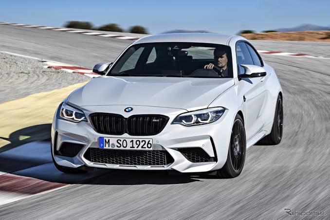 BMWのMはポルシェと比べて実力・ブランド力はどうですか? 個人的な意見で大変申し訳ないですが、Mといえどもポルシェに比べるとドライビングプレジャー・速さともに1段落ちるイメージです。 ポルシ...