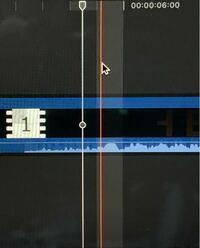 Final Cut Pro X初心者です。 選択の赤い線の横に半透明な範囲ができています。 これにより、カットしたい秒数から微妙にずれてしまいます。 これは仕様なのでしょうか? それとも設定で変えられるのでしょうか?