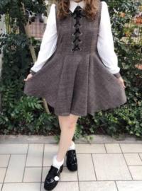 量産型初心者なのですが、この服は芋っぽいでしょうか?また、この服に合う髪型など教えていただけたら嬉しいです 量産型 歌い手厨 ジャニヲタ 量産型ヲタク