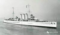 """皇家海军""""萨福克""""号巡洋舰,条约型""""肯特""""级重巡洋舰5号舰,满载排水量13450吨。1924.9.30于朴茨茅斯船厂开工建造,1926年.2.16下水,1928.5.31完工。 至第二次世界大战爆发之前,""""萨福克""""号一直服役于皇家海军中..."""