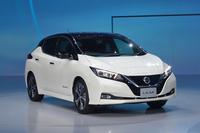 日産の電気自動車リーフって400万、500万の車に見えますか?