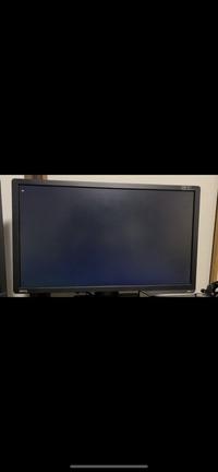 突然パソコンの電源が落ち、再起動される。 ゲーム中にパソコンの電源が落ち、再起動されます。故障箇所の特定を予想で構いませんのでお願いします。  症状としては、クライアントでゲームのマッチングが終わり、...