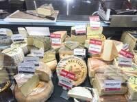 ヨーロッパ人てどこの国でもチーズをよく食べると思うのですが、コレステロール値とか高くないのでしょうか?