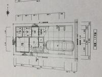 現在新築一戸建てを建築計画中の者です。 木造三階建てで計画中で、工務店では耐震等級3を取得するにはオプション費用が結構な額掛かると言われた為 耐震等級は取得しませんが、できる範囲で建物の構造的な強度...