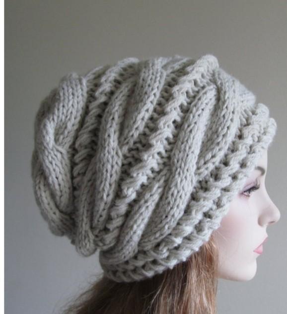 こちらの顔周りの編み方は何編みでしょうか? 御教授お願いします。