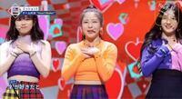 NiziUをYouTubeで見ていたのですがリクユナモモカのチームでリク以外は褒められていませんでした。私は素人ですがユナは歌もダンスも上手かった気がします?何故JY Parkさんは厳しい評価をしたのでしょうか。