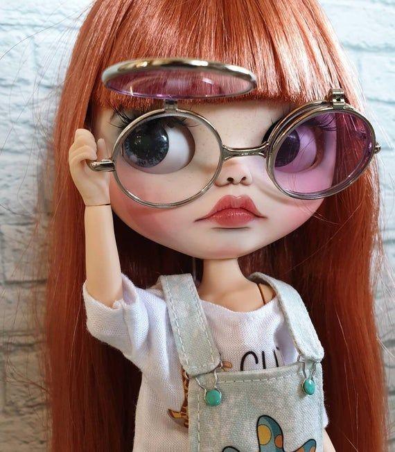 オバケがいるなら どうして オバケが見えるメガネを 開発しないのですか? ウラノソト