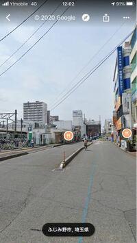車両進入禁止の標識がないタクシー乗り場は一般車両が進入すると違反になりますか? 写真の左側がタクシー乗り場です。