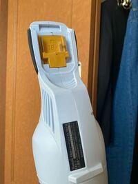 マキタの掃除機なんですが、充電器はどれを買えばいいですか?? バッテリーと充電器どちらとも買うのですかね?