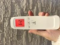 PHICONの非接触型体温計FTW01について質問です。 測定するとEr2と表示されます。 取扱説明書を無くしてしまったので、教えて欲しいです。 どうしたらいいのでしょう。