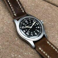 面接時計について。高校受験の面接にハミルトンのカーキフィールド(手巻き)は相応しいですか?ベルトはブラウン系です。