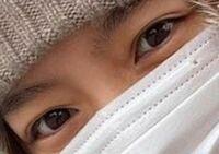 この目は無整形天然二重だと思いますか?