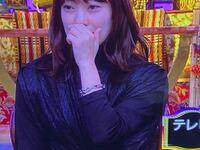 菅野美穂さんが今夜くらべてみました で、着用されていたブレスレットはどこのものかわかりますか?