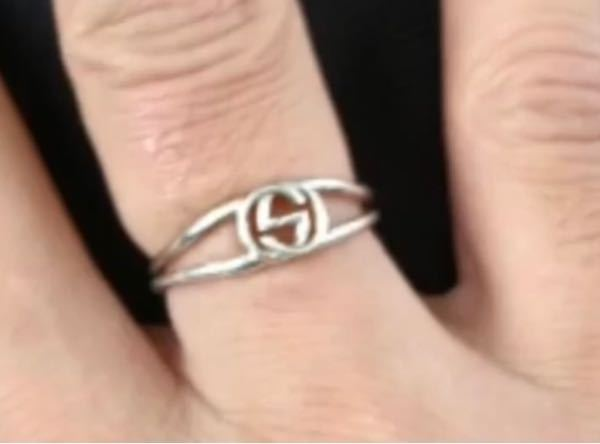 指輪のブランドわかる方いますでしょうか? 詳しい方からよろしくお願いします。